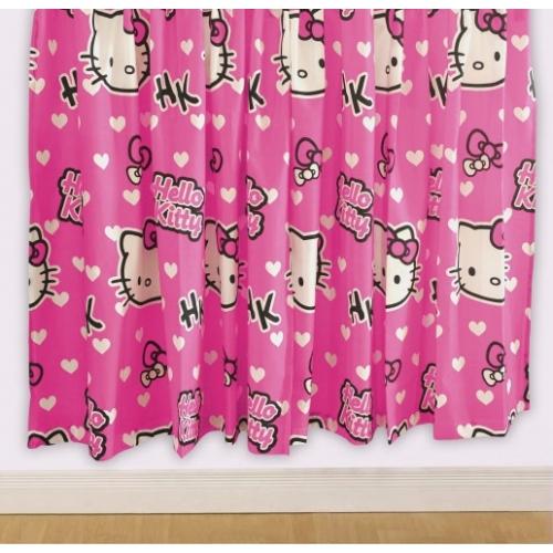 Hello Kitty 'Hearts' 66 X 72 inch Drop Curtain Pair