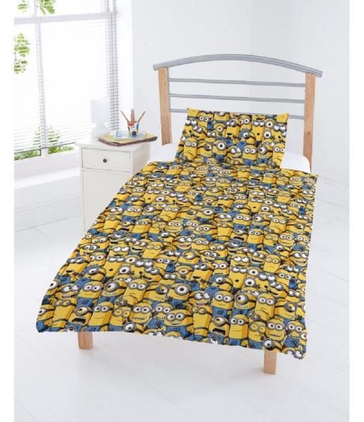 Despicable Me Minions Rotary Junior Cot Bed Duvet Quilt Cover Set