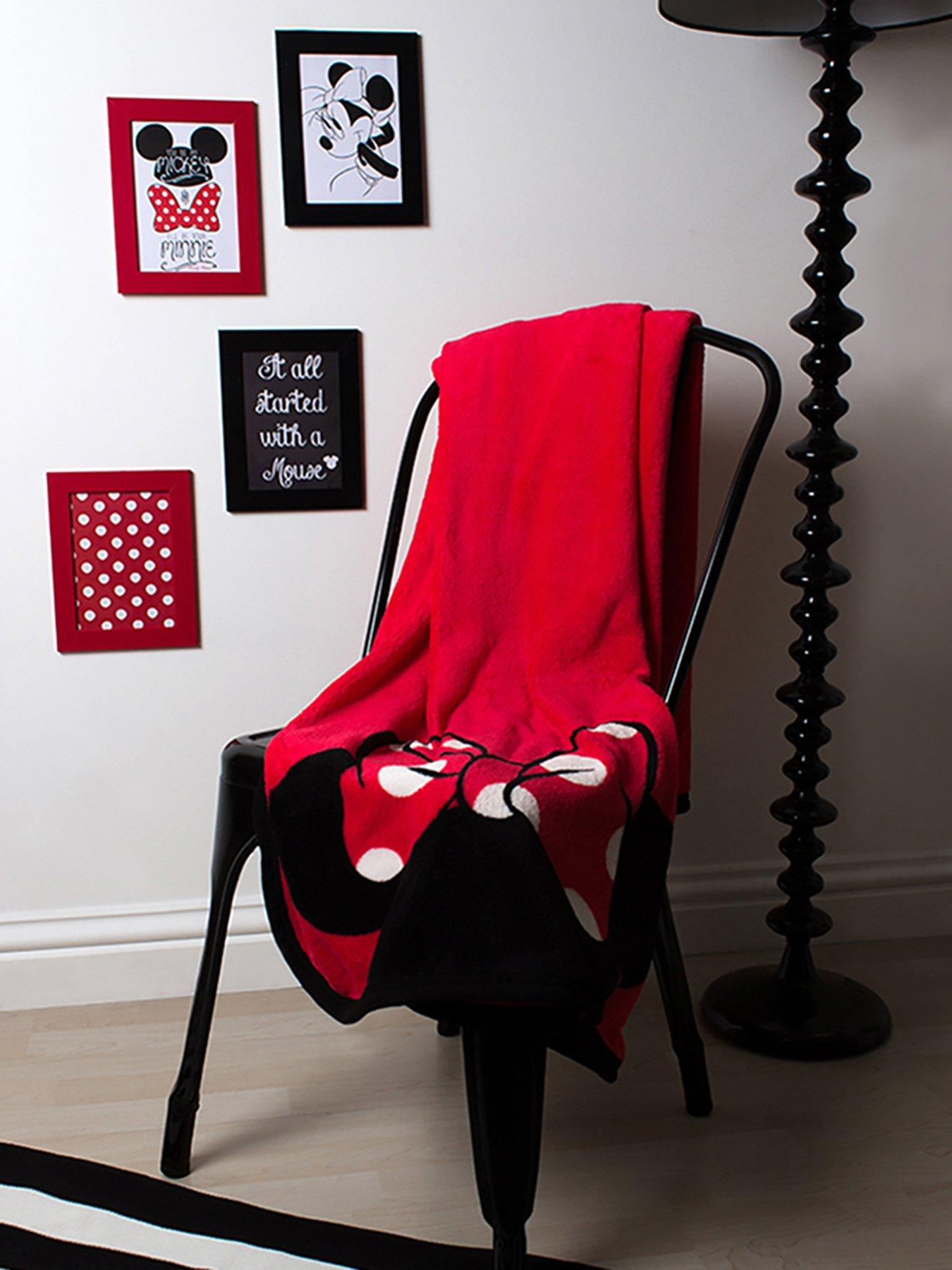 Disney Minnie Mouse 'Icon' Coral Panel Fleece Blanket Throw