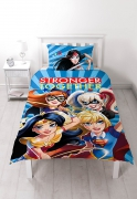 Dc Comics Superhero Girls 'Super' Panel Single Bed Duvet Quilt Cover Set